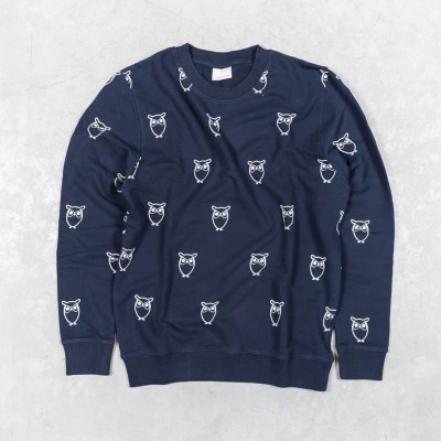 Sweatshirt w/ Big Owl Print