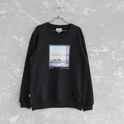 Window Sweatshirt