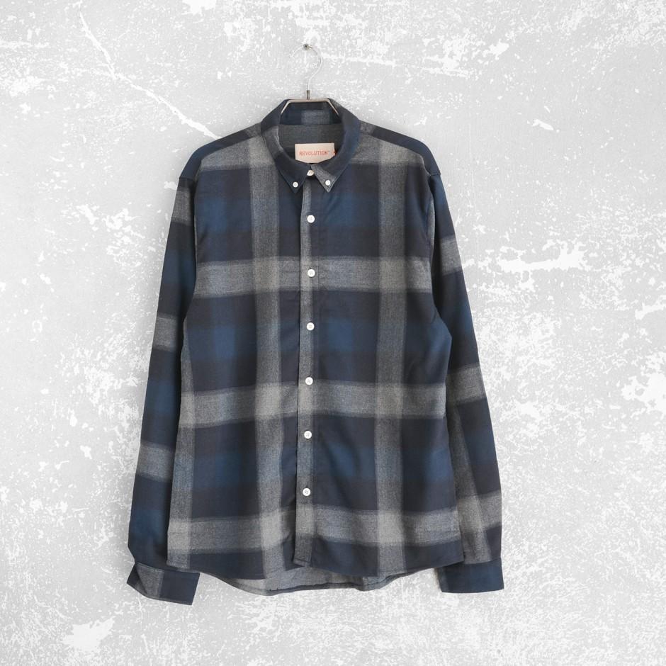 3830 Checked Button Down Shirt